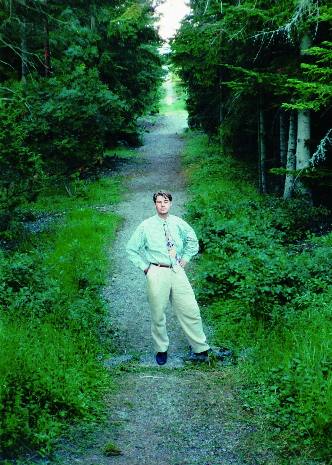 Ivar Algvere esimest aastat Suvekodu juhatajana. Viimane õhtu enne kojusõitu Ojamaal 1995. Foto: erakogu