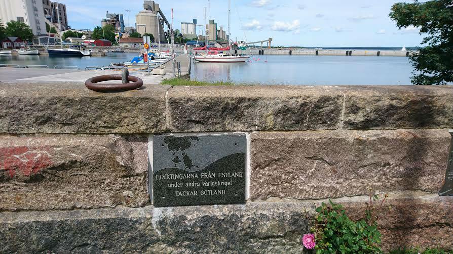 1944.a. põgenemise mälestuskivi Slite sadamas Foto: Sirle Sööt